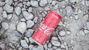 Aluminium cans waste trading material